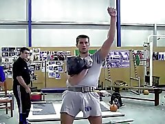 Les Str8 record du Super de kettlebell - bulbe
