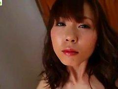 Adolescente japonés chica masturbarse con vibradores