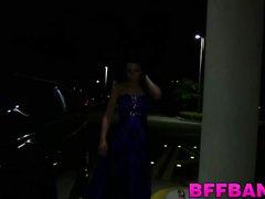 Katie saa hänen kirsikan ponnahti by limusiinin -ohjain prom night