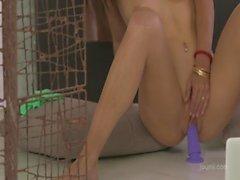 La Petite seduction amateur la webcam