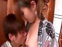Rigoglioso moglie orientali seduce un giovine divorare le sue CA.