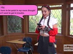 Aasian Schoolgirl Karkea koukussa Guy Hän tapasi verkossa