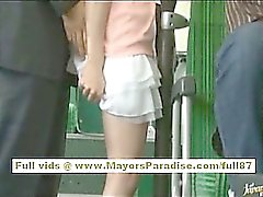 Miho Maeshima menina de chinesa recebe uma carregamento esperma com seus óculos