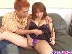 Arisa Minami on kyllästynyt sormella