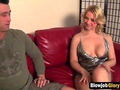 Busty Blonde Sara Vandella und Gloryhole mit fetten harten Schwanz