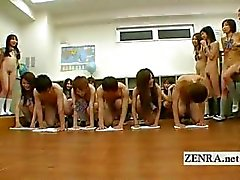 Japaner Nudisten Studierende Kinky oral sex Reinigen Spiels