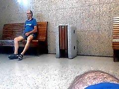 Seniors bennes daddy et les m'indiquent son sexe en la gare de
