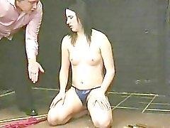 Cera caliente verdadera obús tortura !