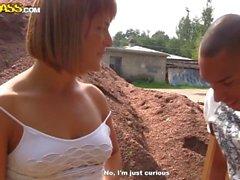 Redhead russo pubblico a prendere