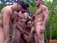 Muscle bear foursome and facial cum