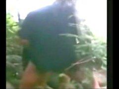 Indonesia джилбаба Хиджаб с девушкой трахавший БФ в джунглями