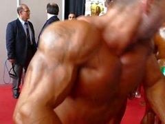 Pré-jugement en coulisses - Arnold Classic 2014