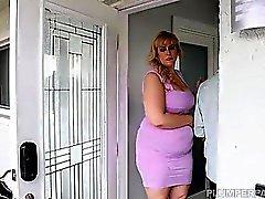 Sexy BBW Lila Schöne Relaxes und fickt ihr Doktor