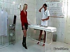 Насти и сексуально доктор становится ее влагалище часть5