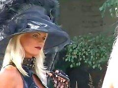 Blonde Fetish - slet Kathleen in bizzare Outdoors - Scene