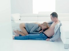 TheWhiteBoxxx - passionerade erotisk helvete med glamorösa Ukraina blond