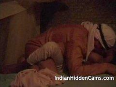 Cornea Mumbai Bhabhi esotico e tantrico Appassionato sesso Indiano Con Marito