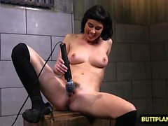 Brunette pornstar sex and orgasm