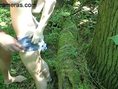 Amateur couple fuck in the forest xxx