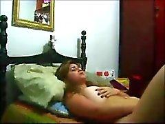 Hot arab girl juega con el coño