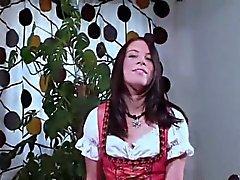 Aitoa sveitsiläistä Teinit Delora