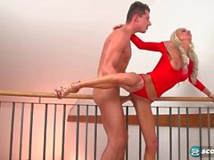 Frail New Mama Alexis Starr Gives Titjob Hot Teen Bud