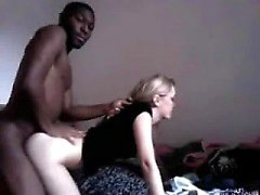 Lusty slut bianco ha sesso con BBC Vennie da dates25com