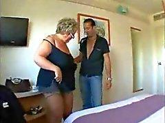 De BBW A avó com o big tits em Hard Anal