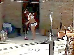 Neighbor el espionaje Limpieza - de Milf asno con el pie Lingerie Mirón
