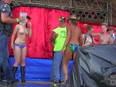 Abate de iowa 2014 desportivo hot chick concurso concurso molhado