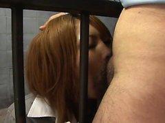 Mahkum güzelliği onu hücresinde guyards Dick berbat