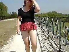 Is minha saia muito curta ?