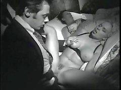Filme pornô italiano com médicos sujos , sacerdotes doentes e Randy freiras