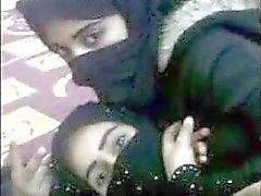 Amor de lesbianas árabes
