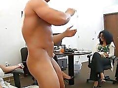 Влюбленные сосут шпильки Dick радостно