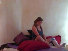 Le coup de yoga du matin avec Step Sister - Erin Electra