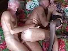 Nonni gone wild scopare orgia di sesso