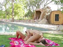 Outdoor lesbiche da Annalena94