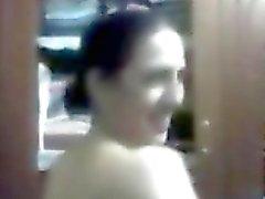 FB recon son escapade Egyptian nudité