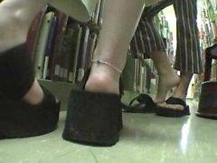 Elisabetta e di Alex nella biblioteca