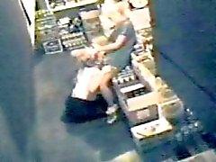 AMATÖRER LESBISK tagits på bar gärning med en säkerhet dolda cam