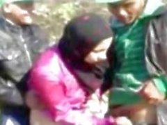 Heißen Egyptian Mädchen Fucked By Schlepp Mann in Farm