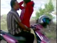 indonesian ngintip cewek Fellation