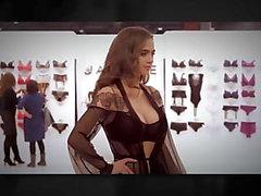 Jasmine: céu de lingerie