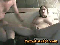 MILF con grandes tetas en la diversión hardcore caliente