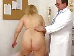 Застывать пухлый милф изучены влагалища врач