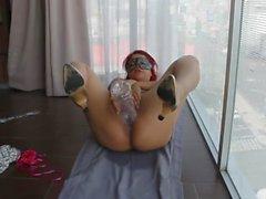 Ich masturbiere neben dem Fenster in Haupt av von weedhotsama