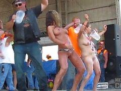 diminuire 2.013 Coguaro e la contesa maglietta di bagnate Sesso con suocera tosto all'Iowa ciclisti raduno