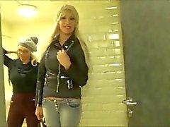 Doppelklicken POV ( beiden deutschen Babes ) Öffentliche McDonalds WC