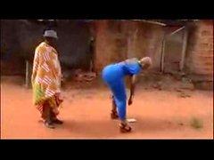Африканским Girls получил Биг природный попа Africa